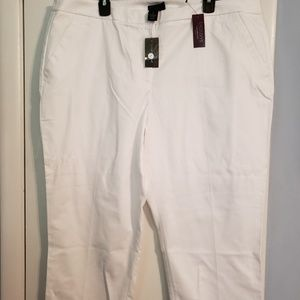 Lane Bryant white capris